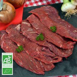 Beefsteaks BIO par 4 par la Ferme Bichet, viande de boeuf charolais bio à la ferme traditionnelle, domaine et prairies naturelles, livraison fraîcheur.