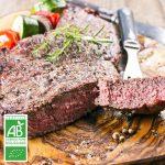 Faux-filet BIO tranché x2 par la Ferme Bichet, viande de boeuf charolais bio à la ferme traditionnelle, domaine et prairies naturelles, livraison fraîcheur.