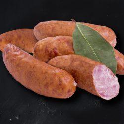 Saucisson à cuire au bœuf par 1 par la Ferme Bichet, viande de boeuf charolais bio à la ferme traditionnelle, domaine et prairies naturelles, livraison fraîcheur.